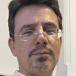 دکتر کسری کبیری-فوق تخصص سرطان شناسی و خون شناسی