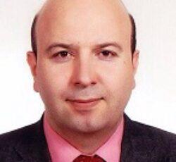 دکتر محمود نقوی – جراح و متخصص چشم